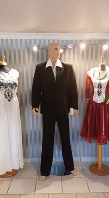 nő-férfi divatárú - Kái-X divatszabóság, Pomáz